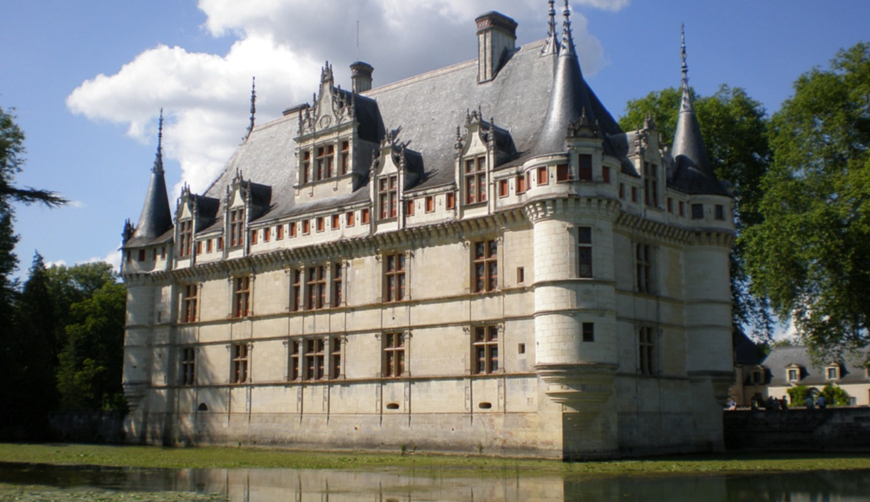 loire valley a 4 day escape between tours and saumur. Black Bedroom Furniture Sets. Home Design Ideas