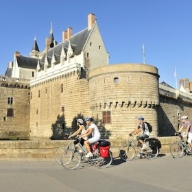 Loire Valley: Bike tour from Angers to Nantes
