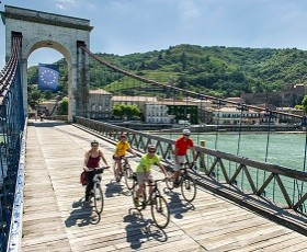 4-day cycling tour on ViaRhôna from Vienne to Valence