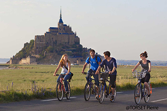 A cycling holiday in Brittany between earth and ocean
